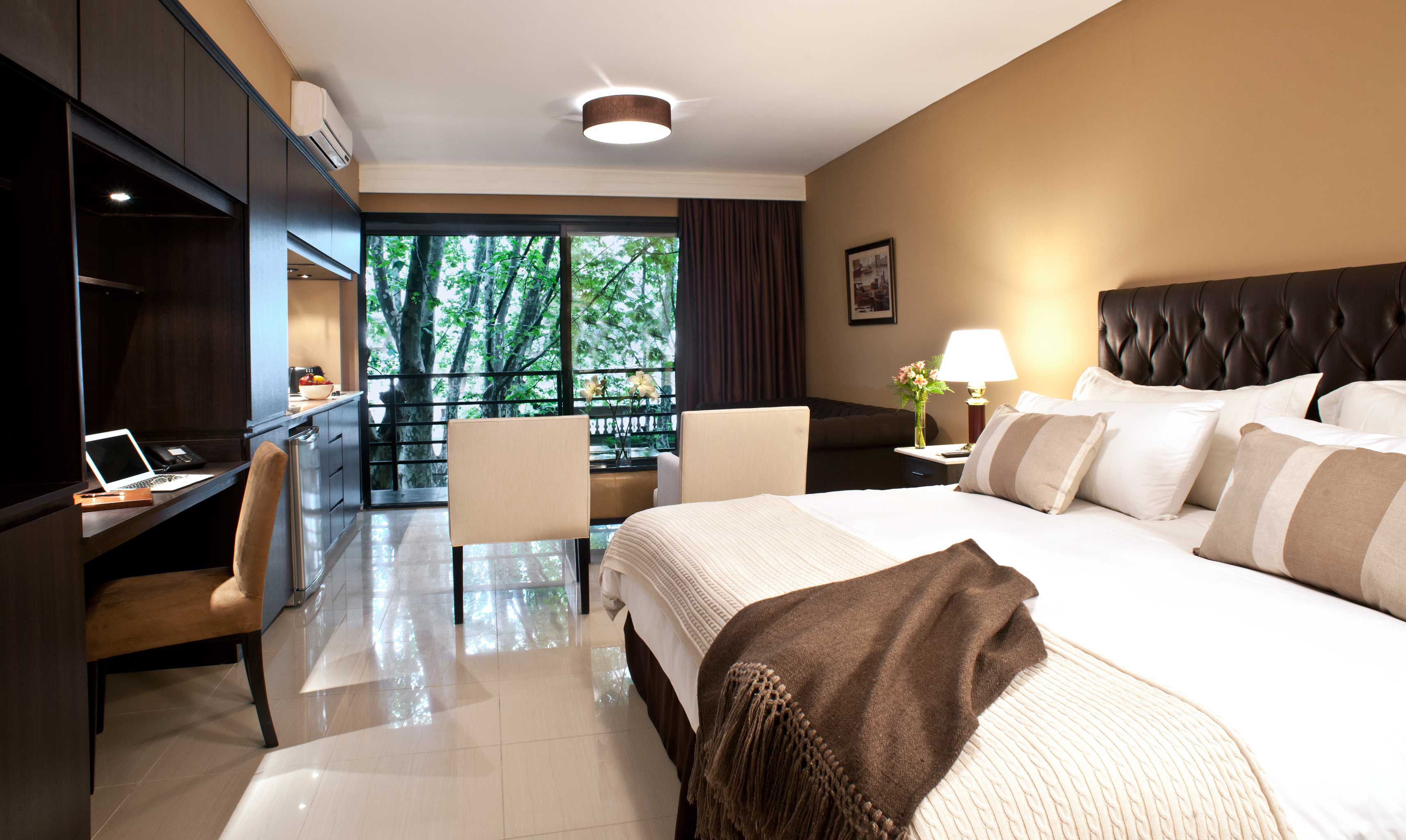 Bedroom City Classic Hip sofa property Suite cottage