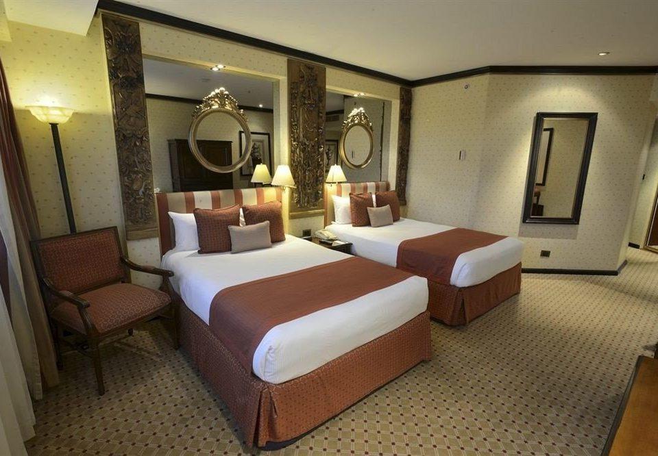 Bedroom City Classic property Suite desk living room condominium Villa cottage Resort