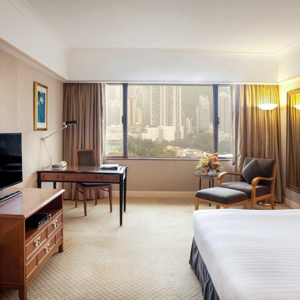 Bedroom City Classic Resort Scenic views sofa property Suite condominium living room home cottage Villa flat