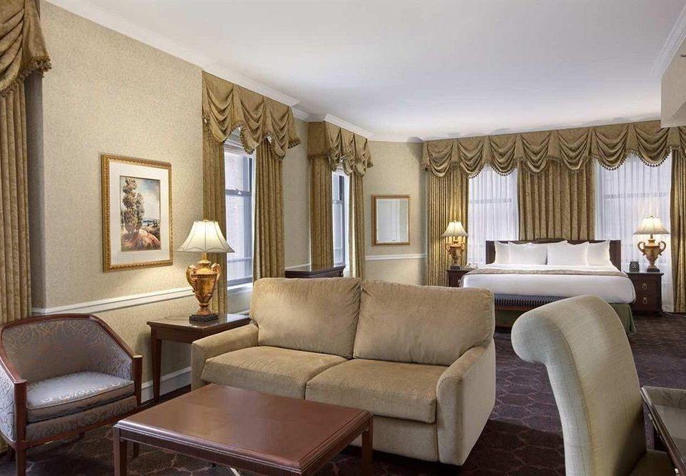 Bedroom City Classic Scenic views living room property Suite home Villa mansion condominium