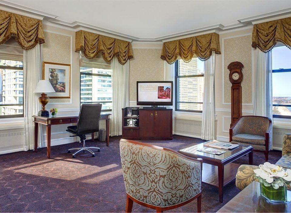 Bedroom City Classic Scenic views property living room home cottage Villa Suite mansion condominium farmhouse