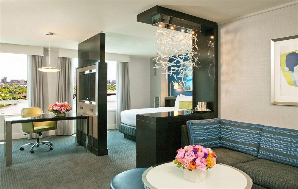 Bedroom City Classic Suite property living room home condominium bathroom Villa mansion