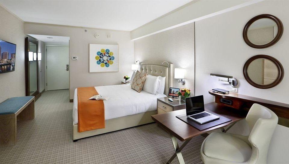 Bedroom City Classic property condominium Suite living room cottage