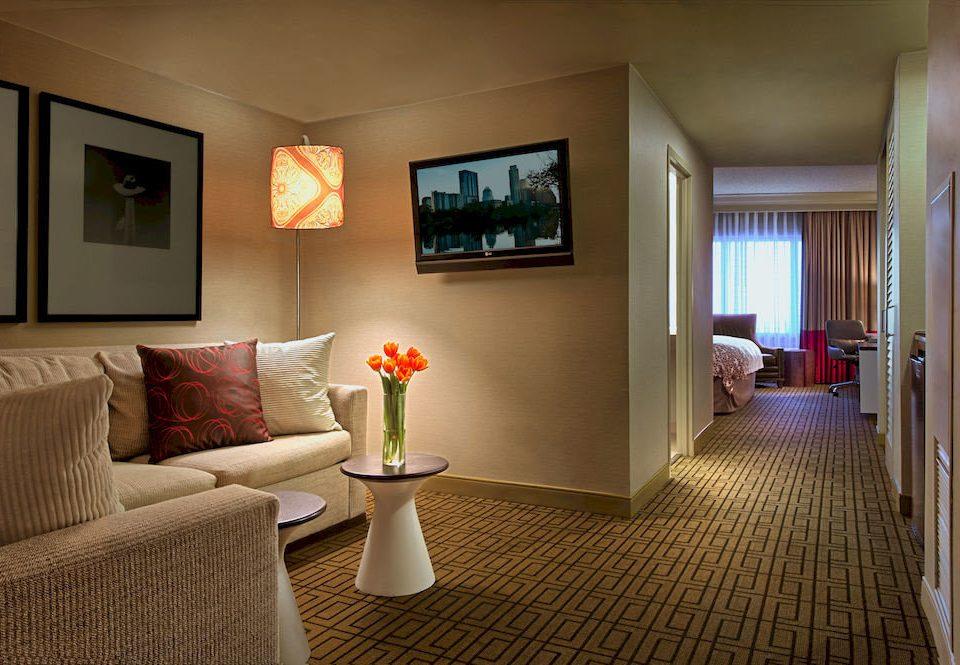 City Classic Suite sofa property living room home condominium cottage Bedroom lamp orange flat
