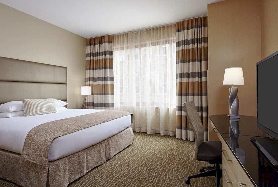 Bedroom City Classic sofa property condominium Suite double living room