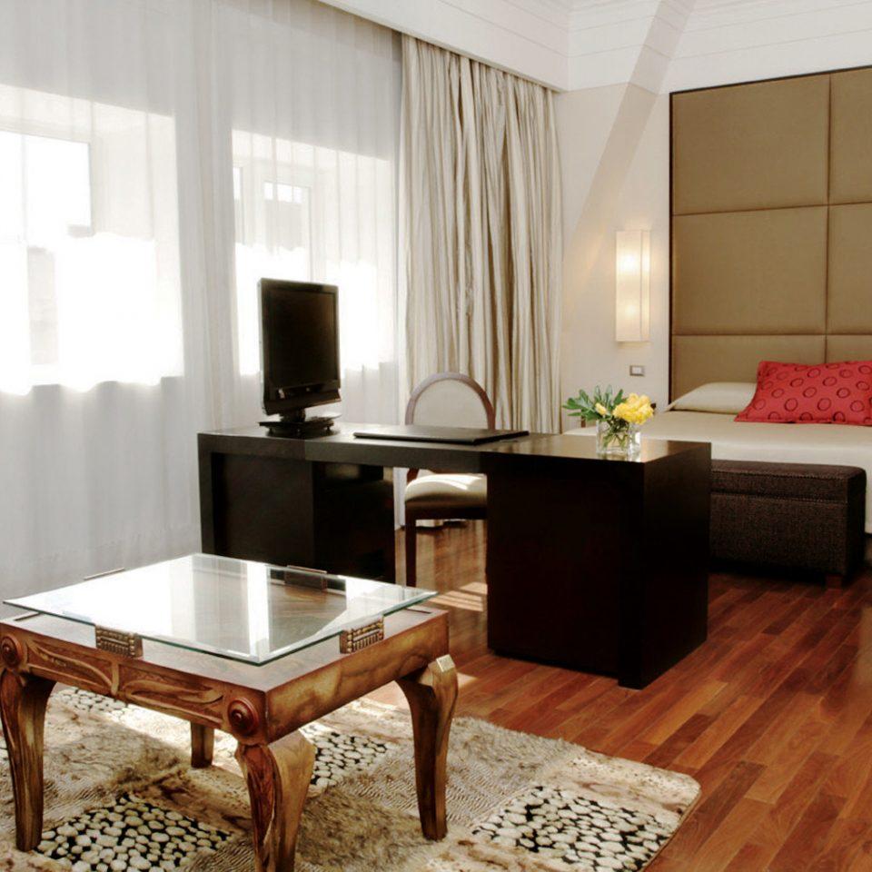 Bedroom City Cultural property living room hardwood Suite home cottage wood flooring flooring