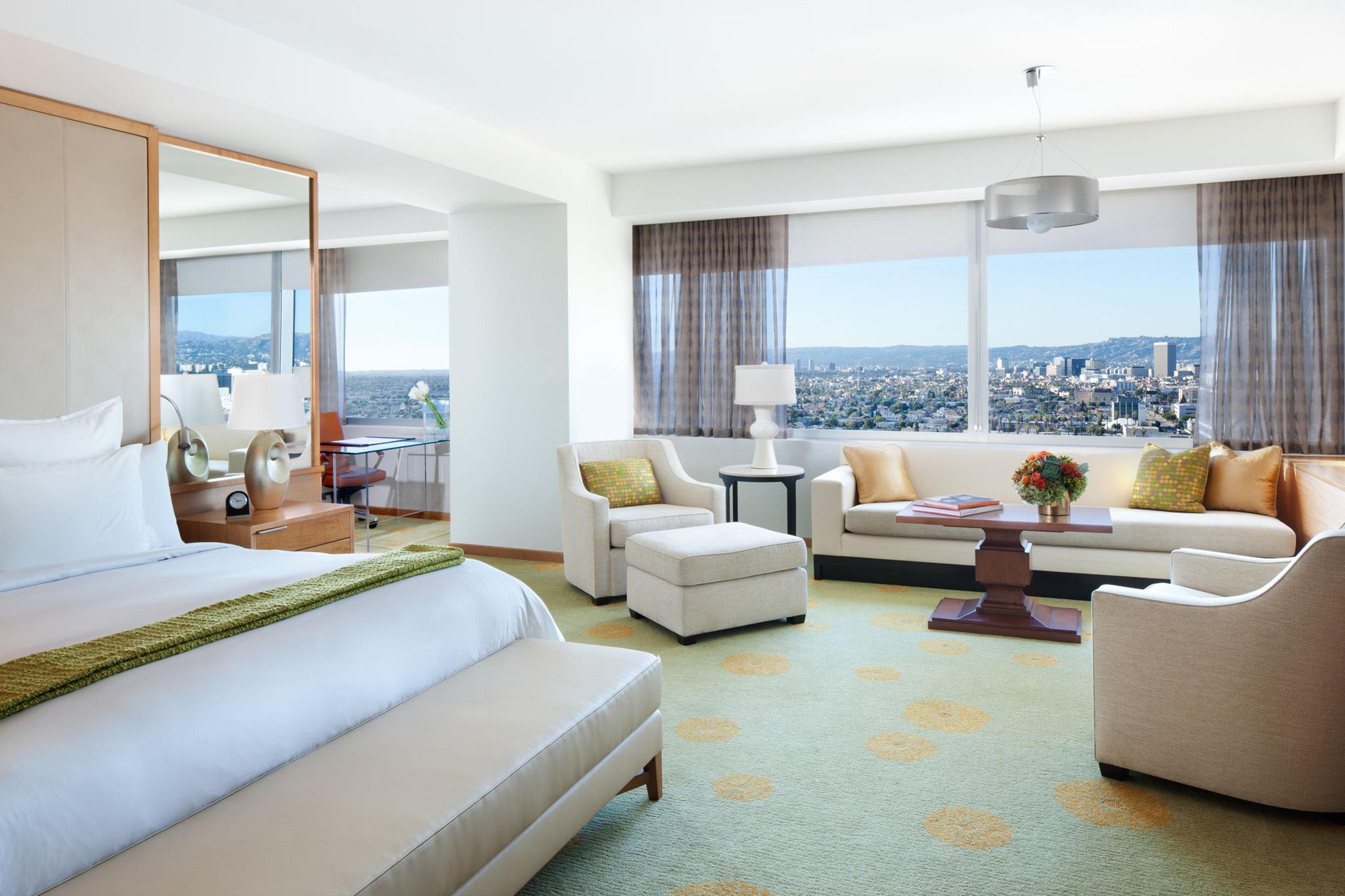 Bedroom City Elegant Modern Sea Suite sofa property condominium living room home Villa flat