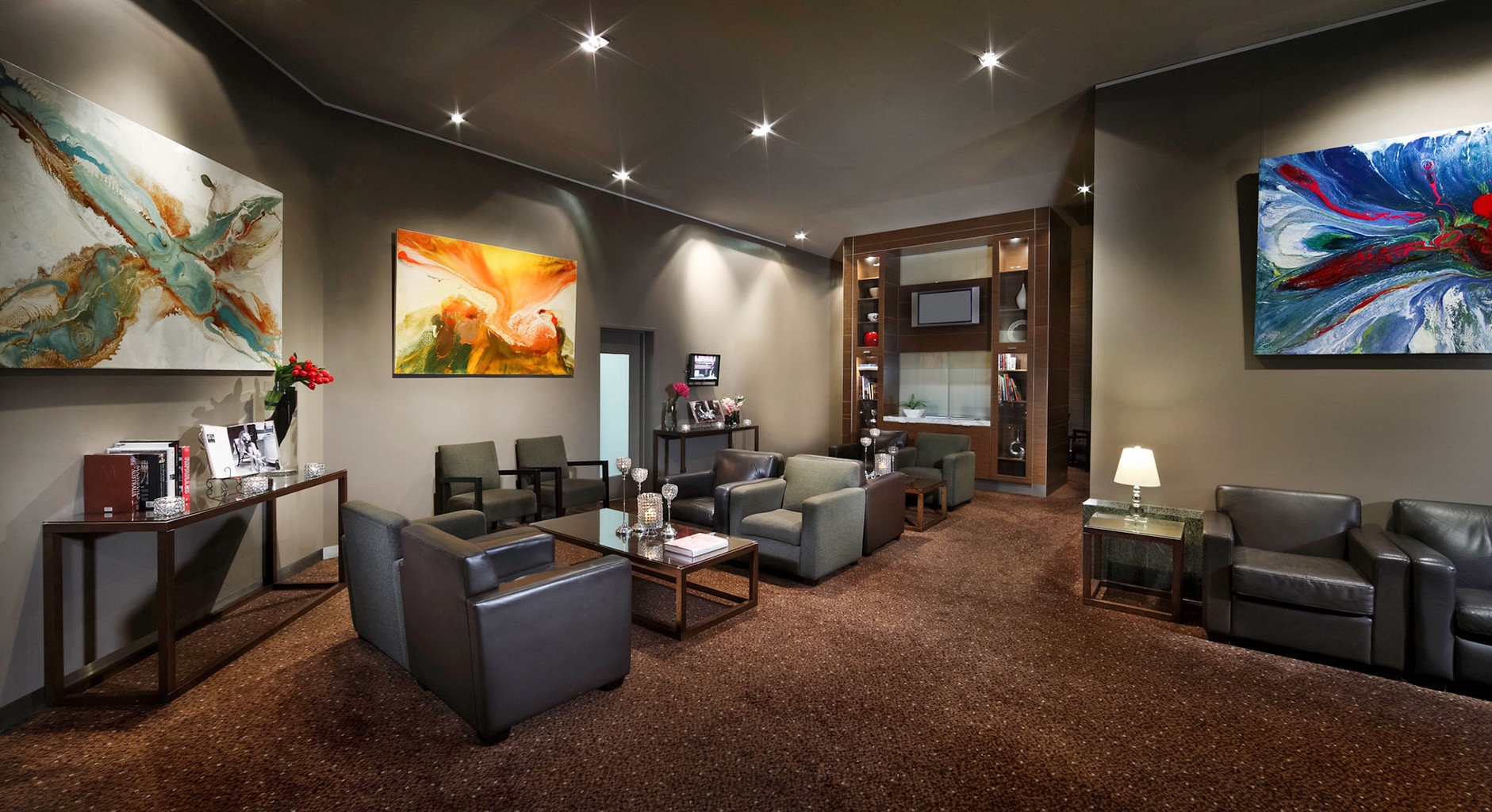City Entertainment Lounge property living room Lobby recreation room home Suite flat Bedroom