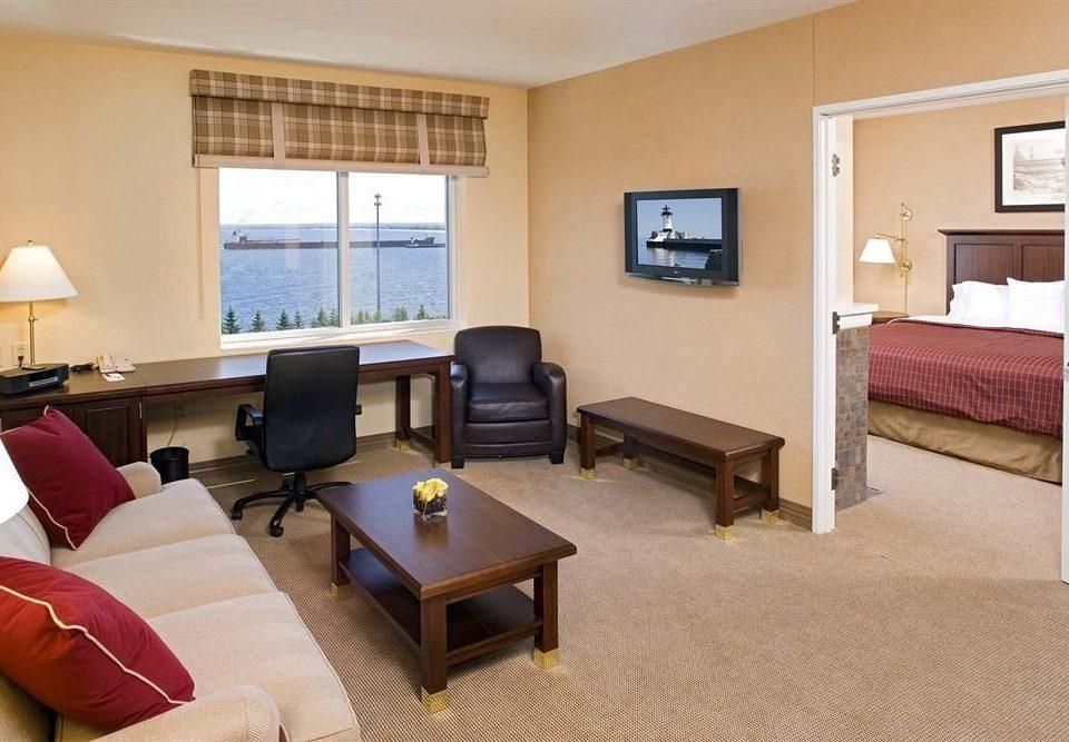 Bedroom City Family Suite sofa property living room condominium cottage flat