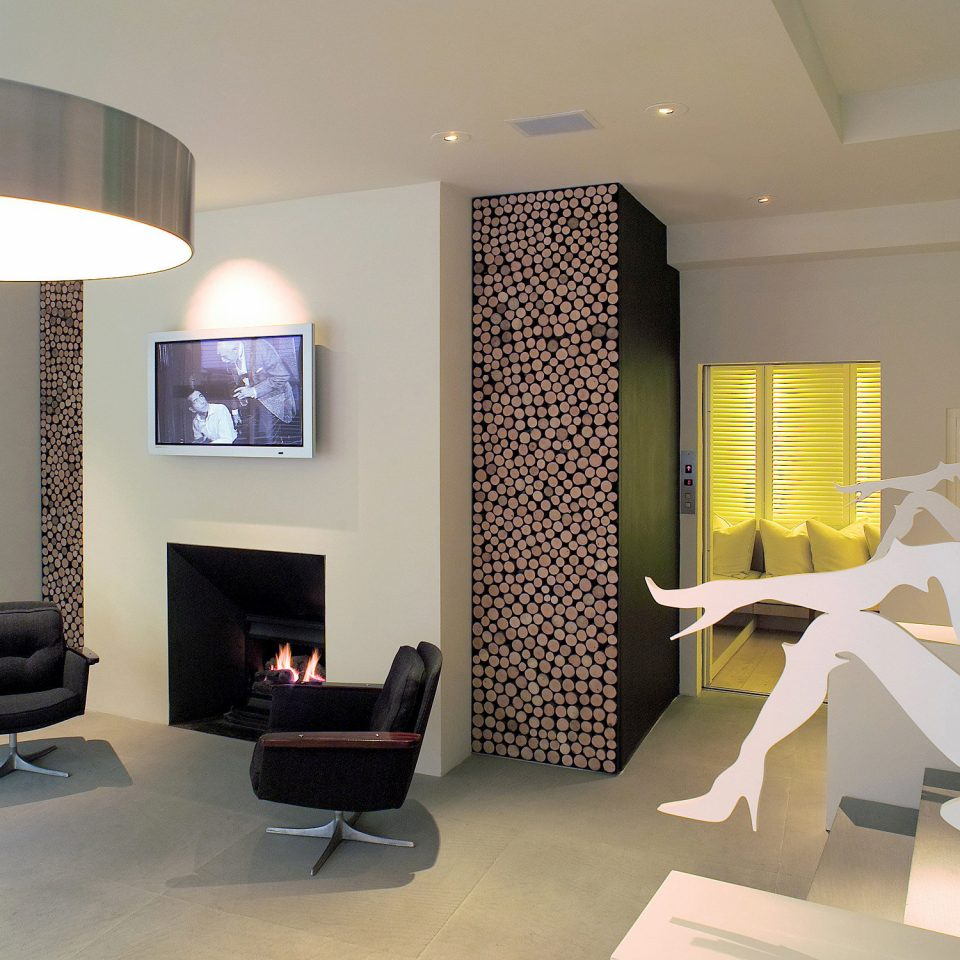City Fireplace Florence Hotels Italy Lounge Modern property living room condominium lighting home office Lobby Bedroom