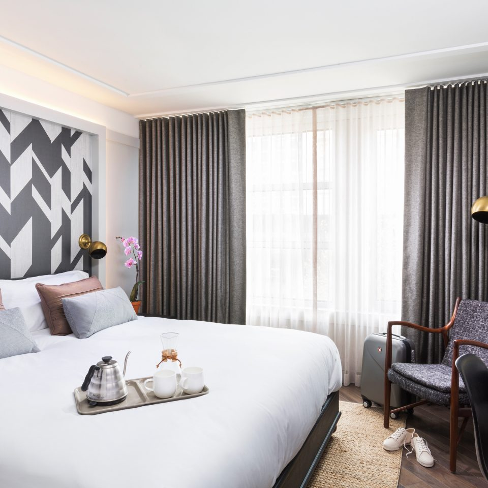 Bedroom City Hip Hotels Modern Trip Ideas property Suite living room curtain home condominium cottage flat