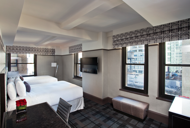 Bedroom City Hip Luxury Modern Resort property condominium living room home Suite daylighting loft