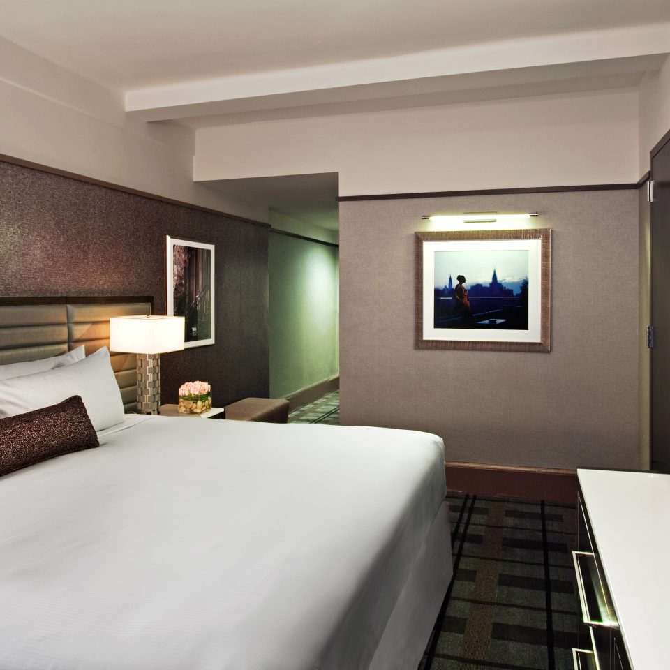 Bedroom City Hip Luxury Modern Resort property Suite condominium living room