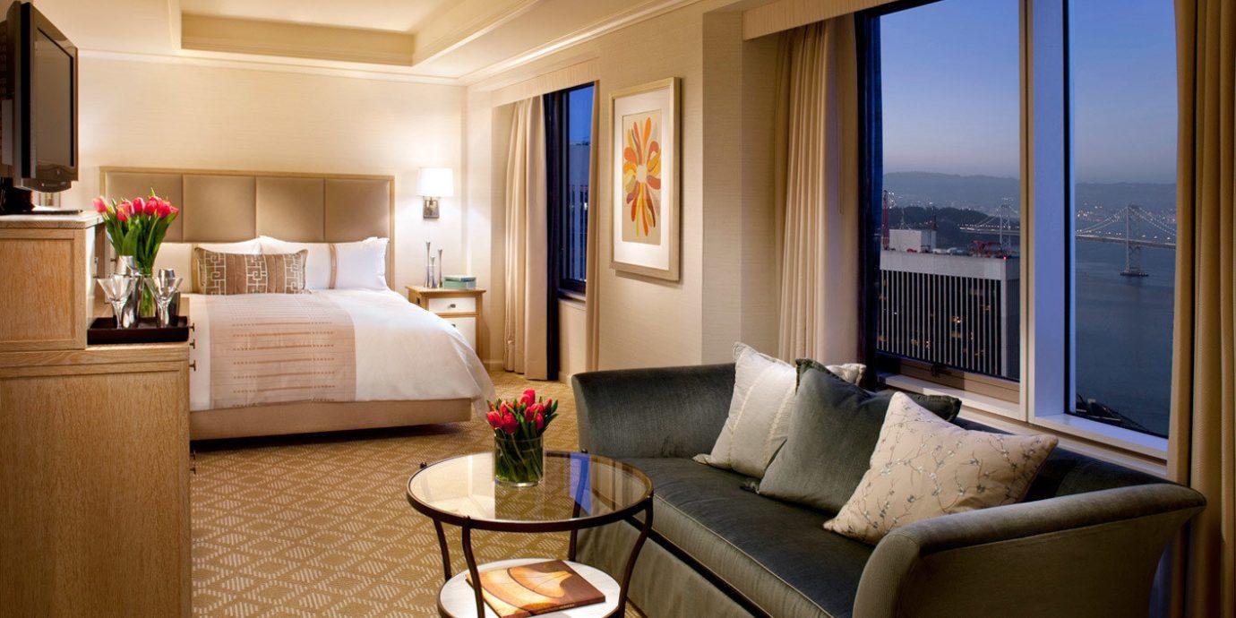 Bedroom City Luxury Modern sofa property living room Suite home condominium cottage Villa