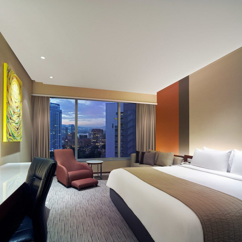 Bedroom City Luxury Modern Scenic views sofa property Suite condominium home living room daylighting