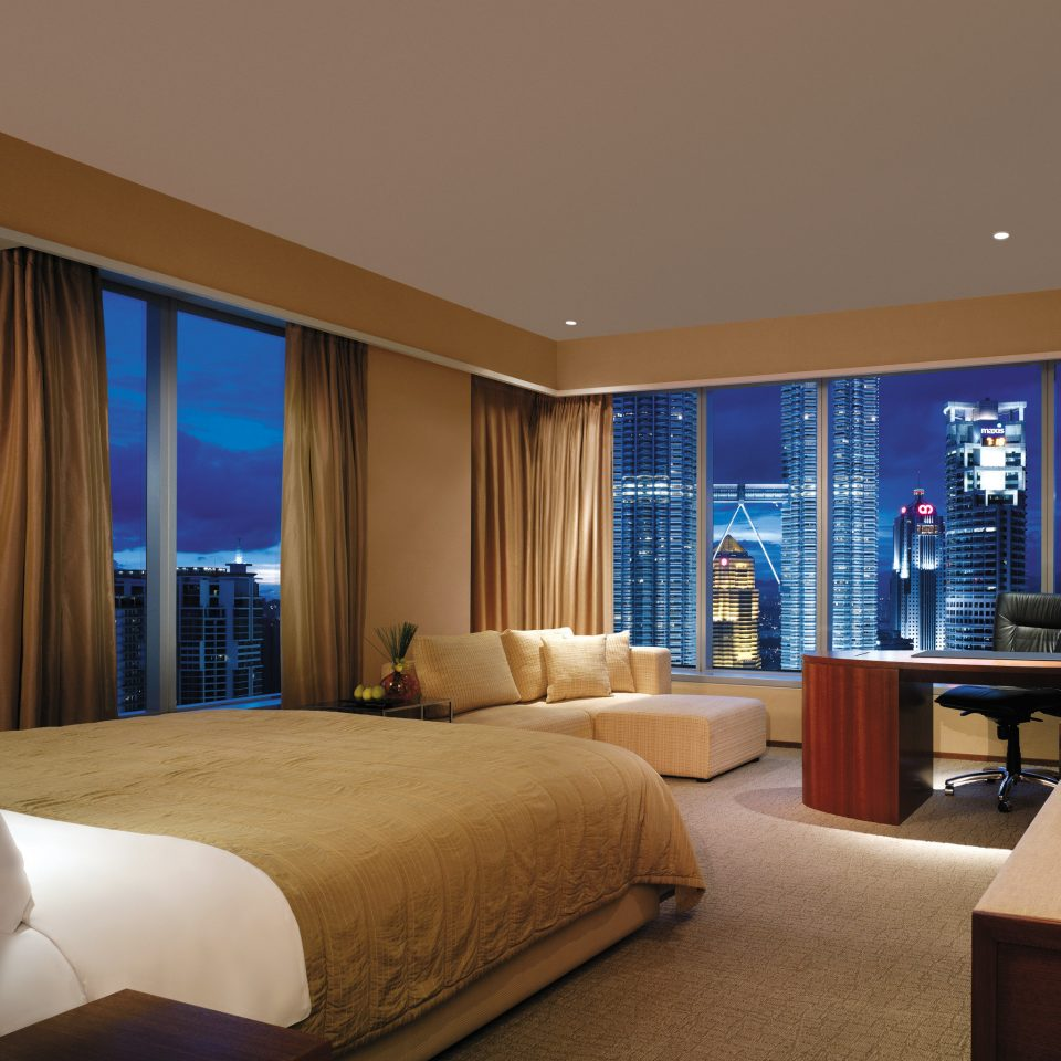 Bedroom City Luxury Modern Scenic views sofa property Suite condominium living room flat home nice