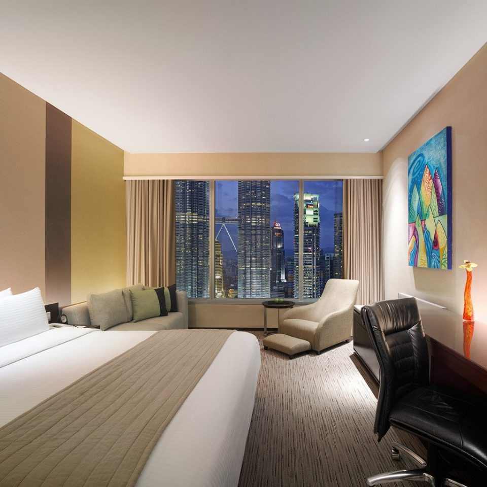 Bedroom City Luxury Modern Scenic views sofa property living room condominium Suite house home flat