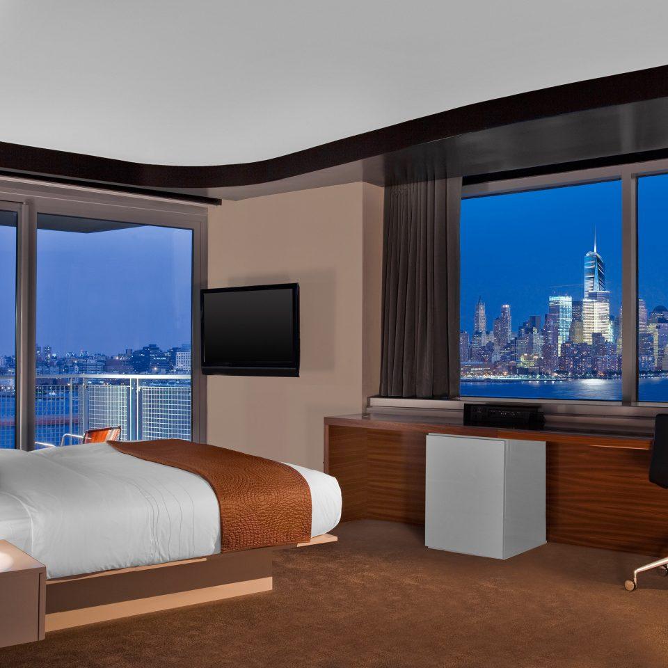 Bedroom City Luxury Modern Scenic views property living room home Suite overlooking flat