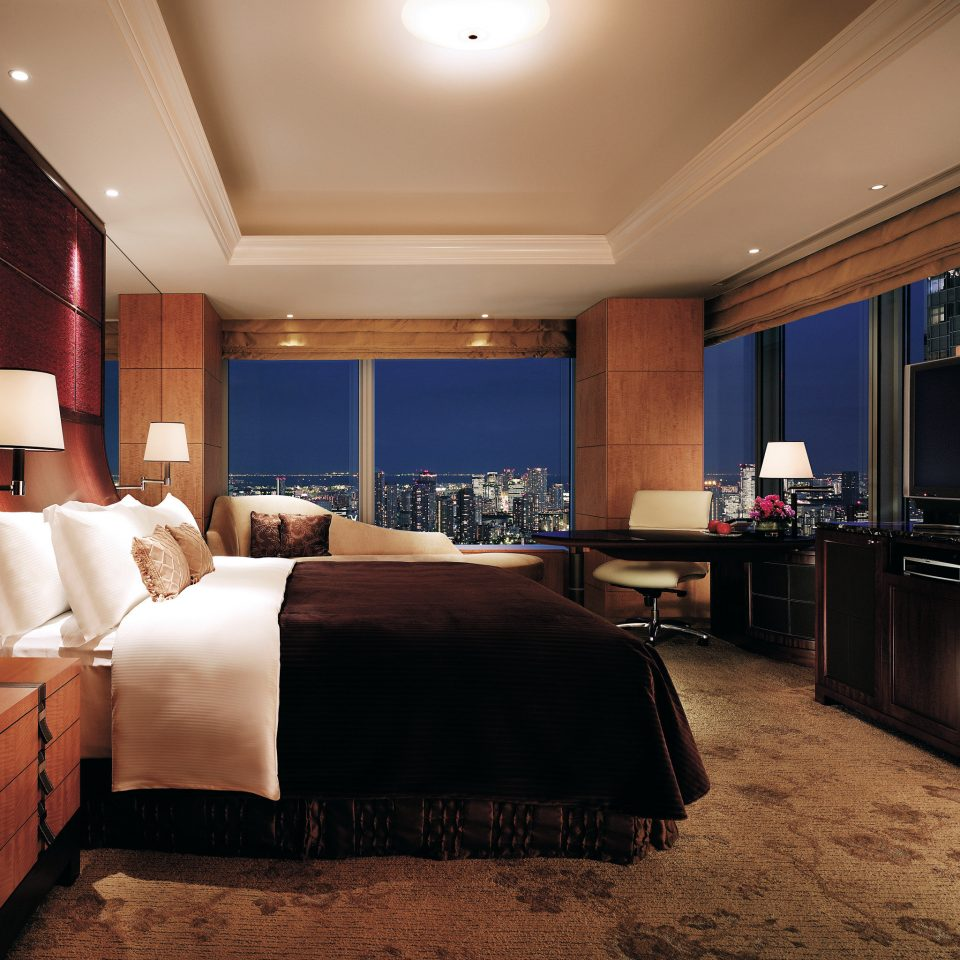 Bedroom City Luxury Modern Scenic views Suite property living room home recreation room flat