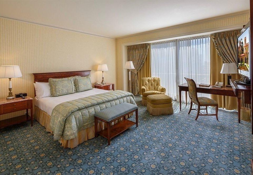 Bedroom City Luxury Scenic views Suite property cottage hardwood Villa living room Resort containing
