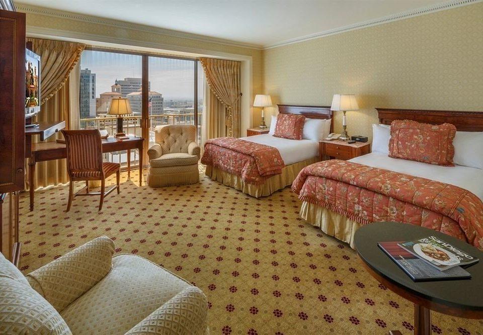 Bedroom City Luxury Scenic views Suite sofa property cottage living room condominium