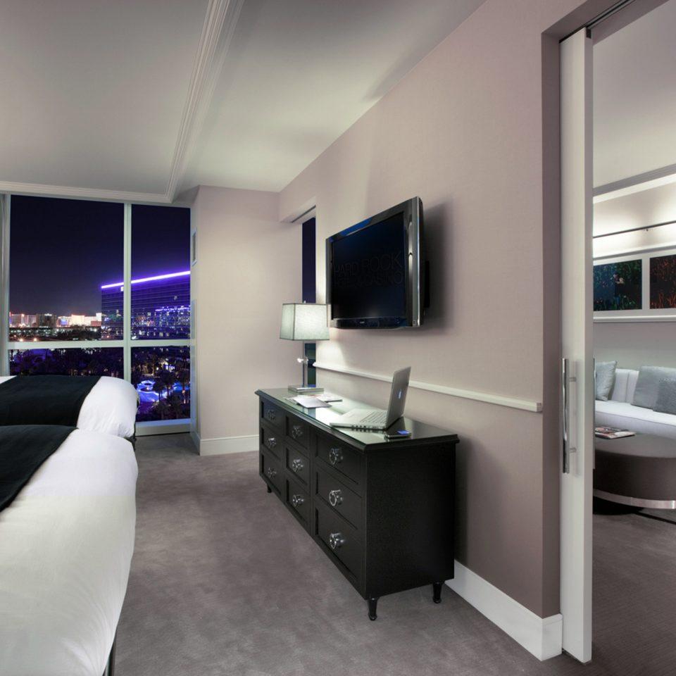 Bedroom City Resort Scenic views sofa property living room home Suite condominium loft Modern