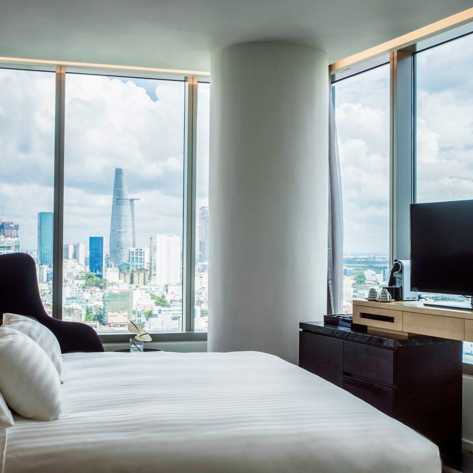 Bedroom City Modern Resort Scenic views sofa living room property home house condominium Suite