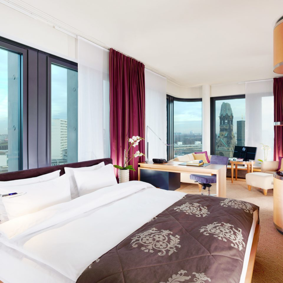 Bedroom City Modern Resort sofa property Suite condominium nice cottage flat