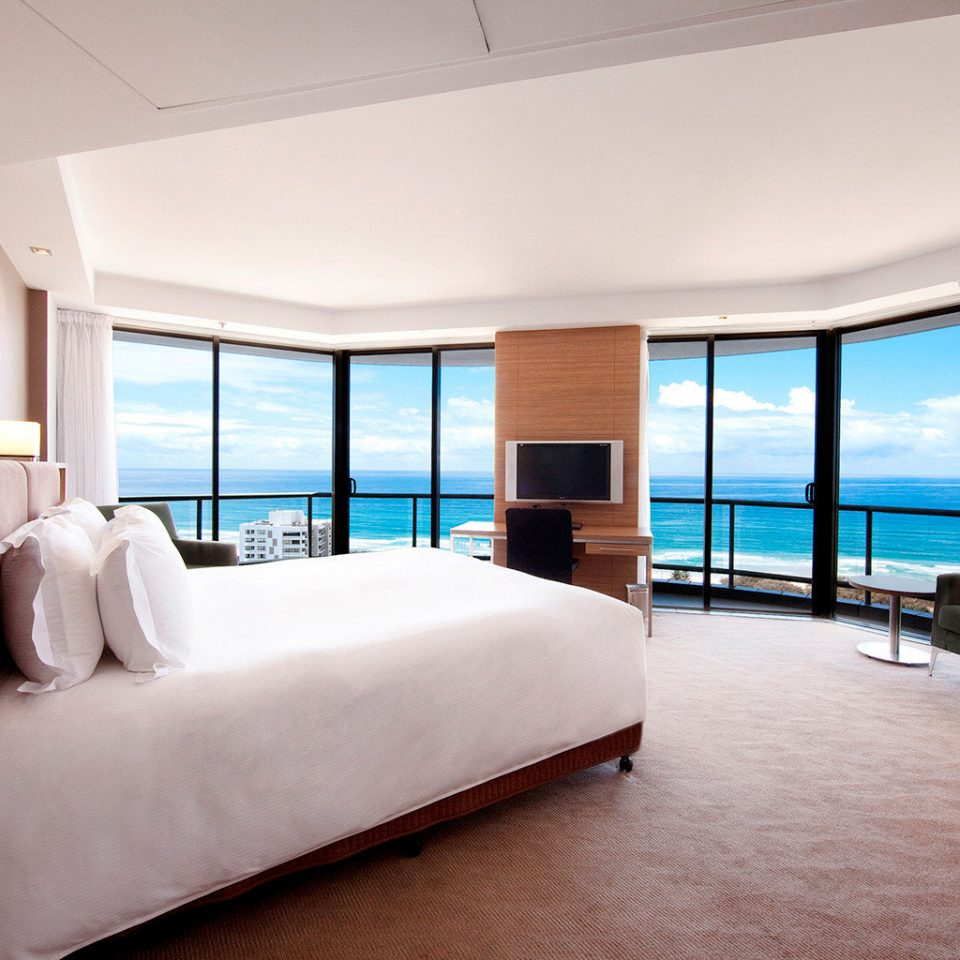 Bedroom City Scenic views property Suite condominium yacht Resort Villa living room Modern flat