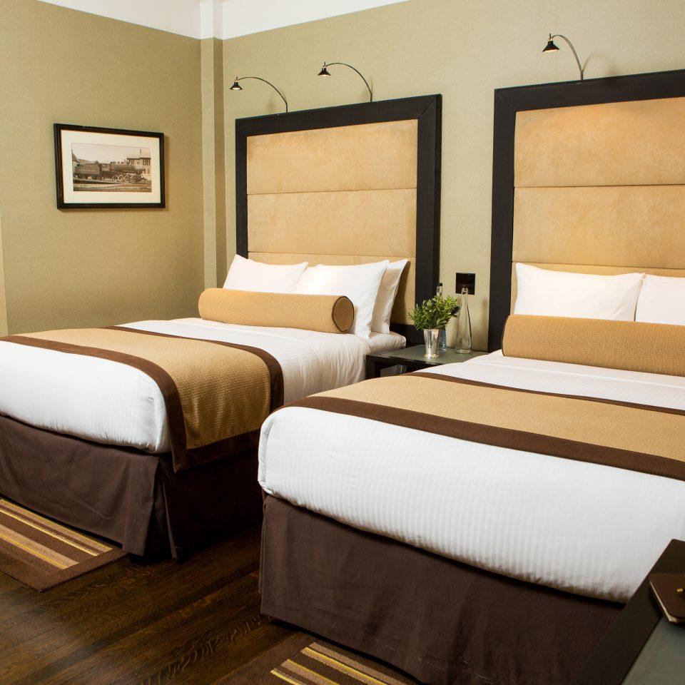Bedroom City Modern property Suite cottage bed sheet