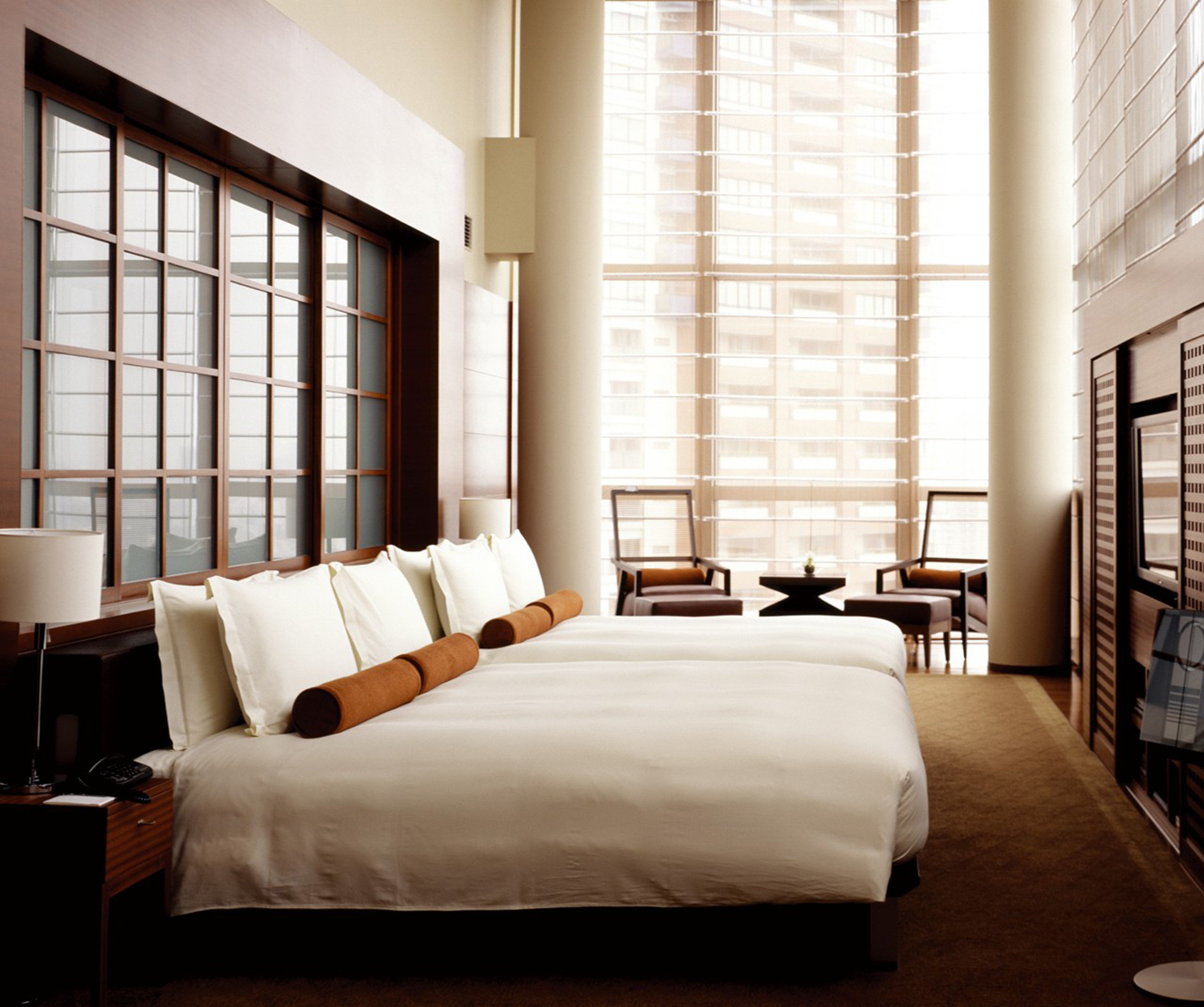 Bedroom City Modern Suite sofa property living room home condominium