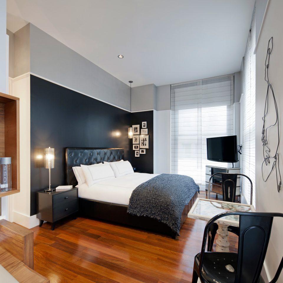 Bedroom City Modern property living room home Suite condominium loft cottage hard