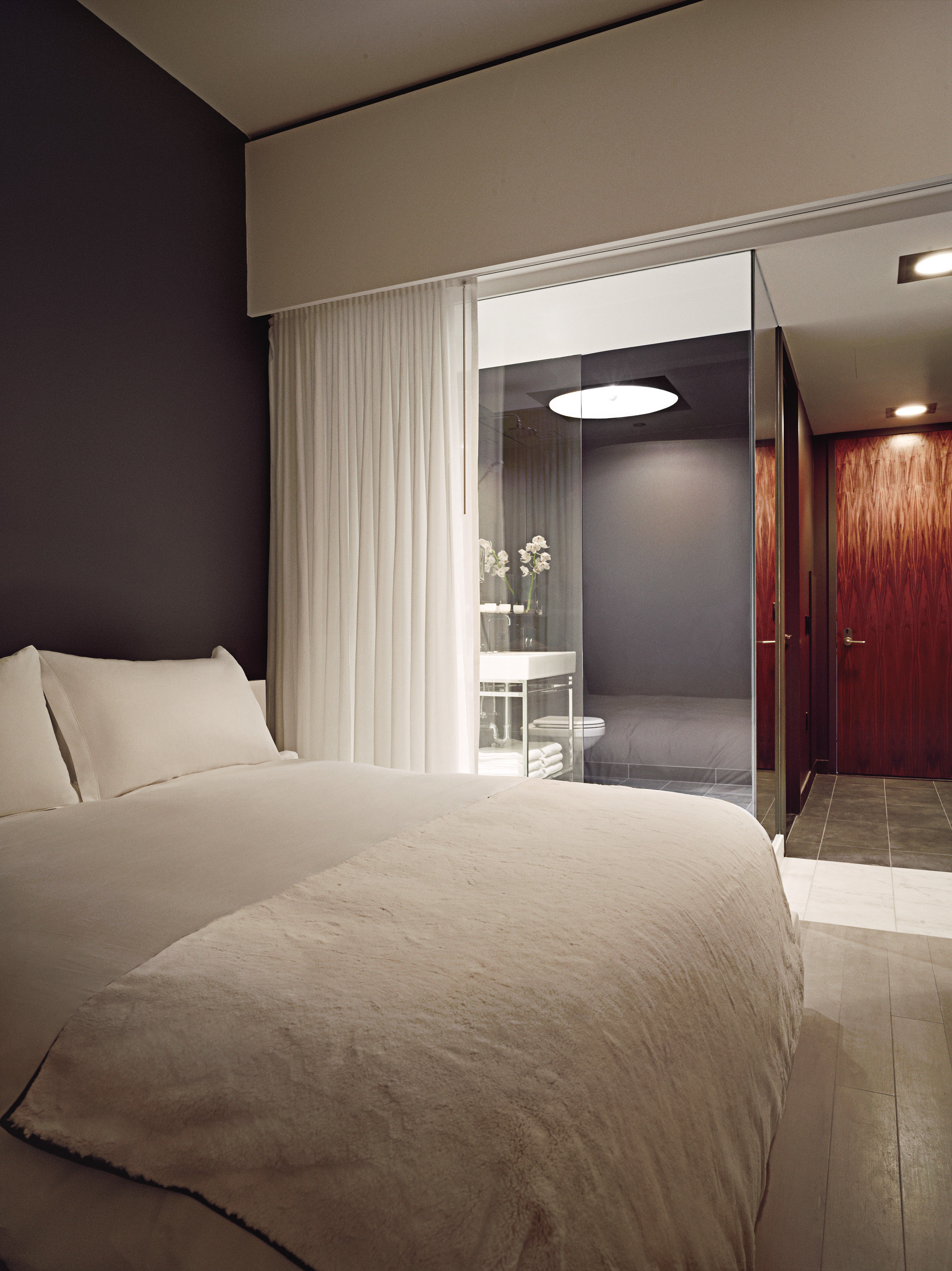 Bedroom City Modern property Suite home lamp