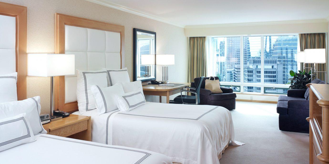 Bedroom City Resort Scenic views Waterfront property Suite living room condominium home cottage Villa