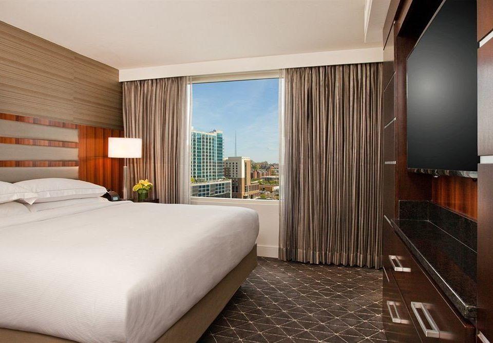 Bedroom City property Suite condominium