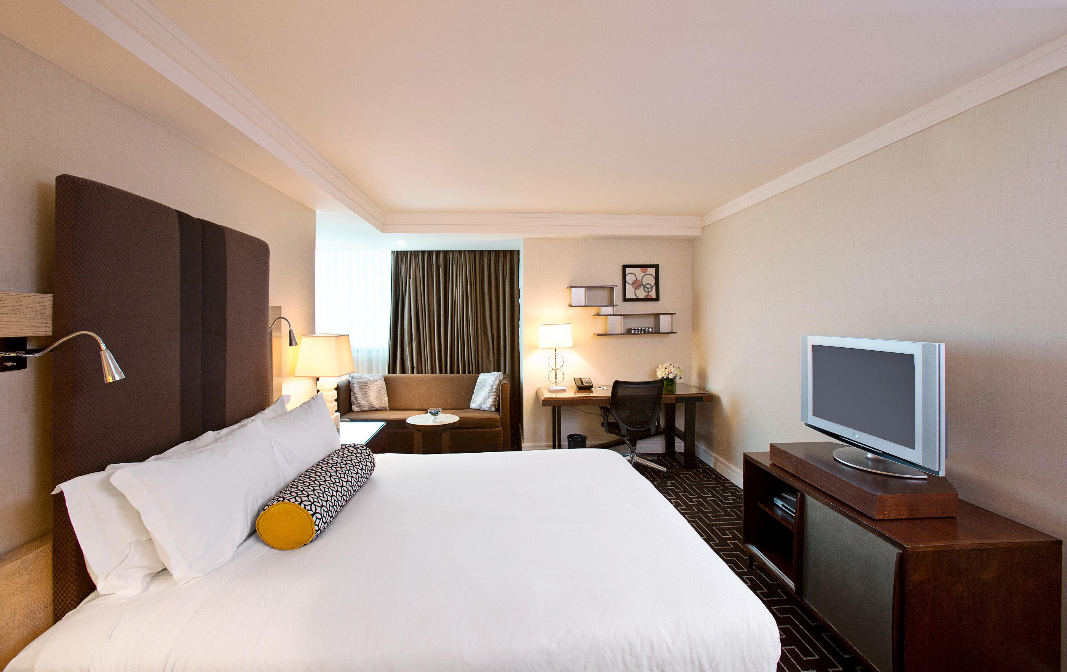 Bedroom City sofa property Suite cottage flat