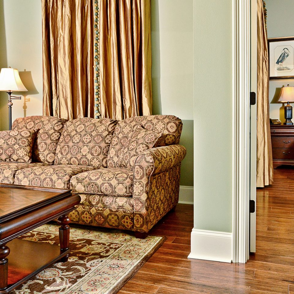 Bedroom Classic Country Resort living room property home hardwood flooring wood flooring cottage laminate flooring
