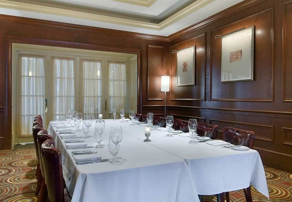 Classic Dining Drink Eat Resort property function hall Suite conference hall mansion restaurant ballroom Bedroom