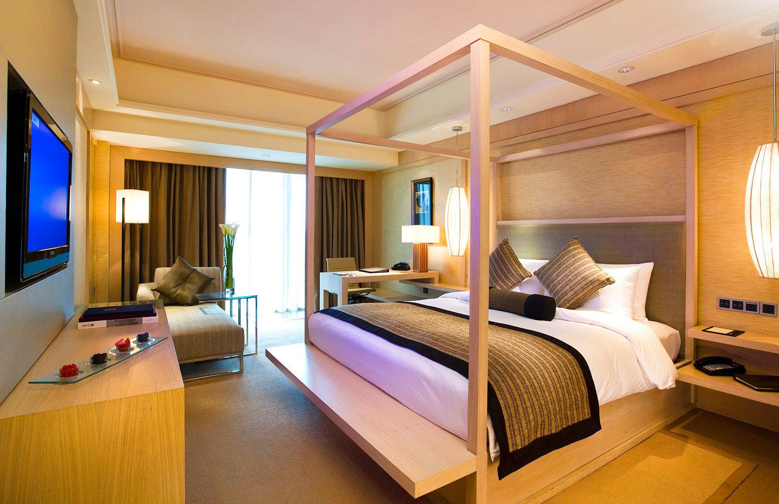 Bedroom Classic Eco Family Resort property Suite condominium living room Villa cottage