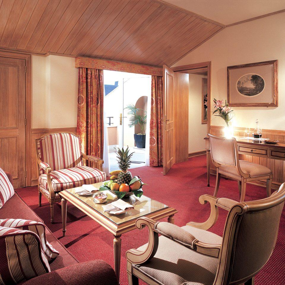 Classic Elegant Historic chair property Suite living room cottage Bedroom Villa
