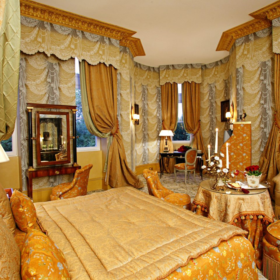 Bedroom Classic Elegant Luxury Suite palace