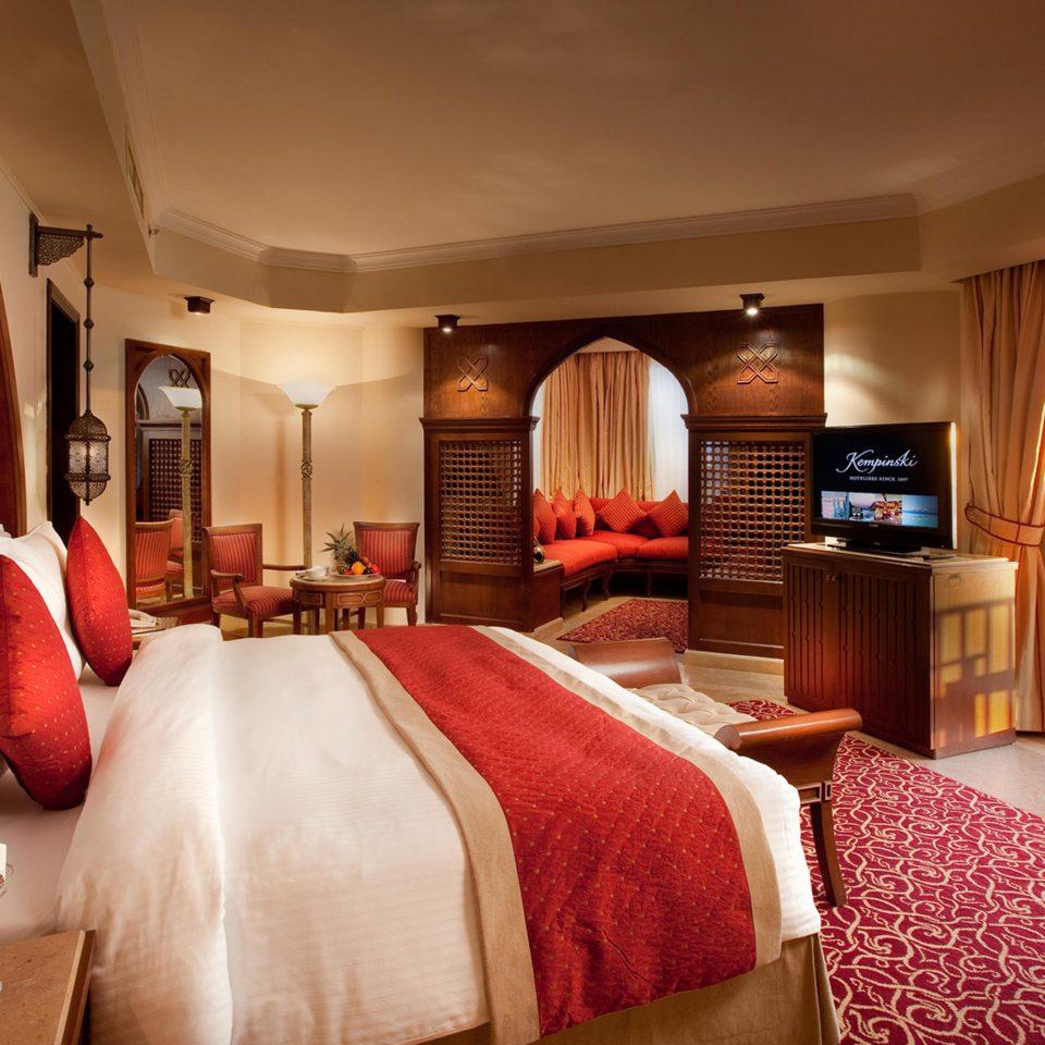 Bedroom Classic Elegant Luxury Suite sofa property Resort cottage