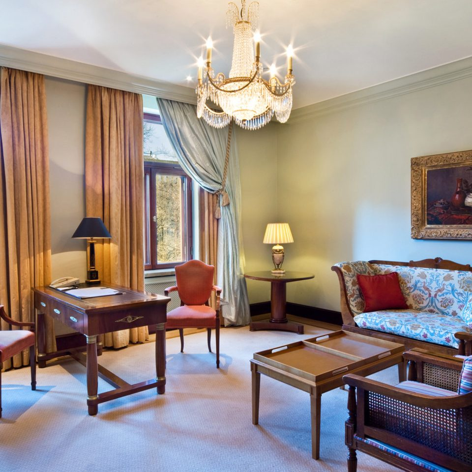 Bedroom Classic Elegant Suite property chair living room home Villa mansion Resort cottage