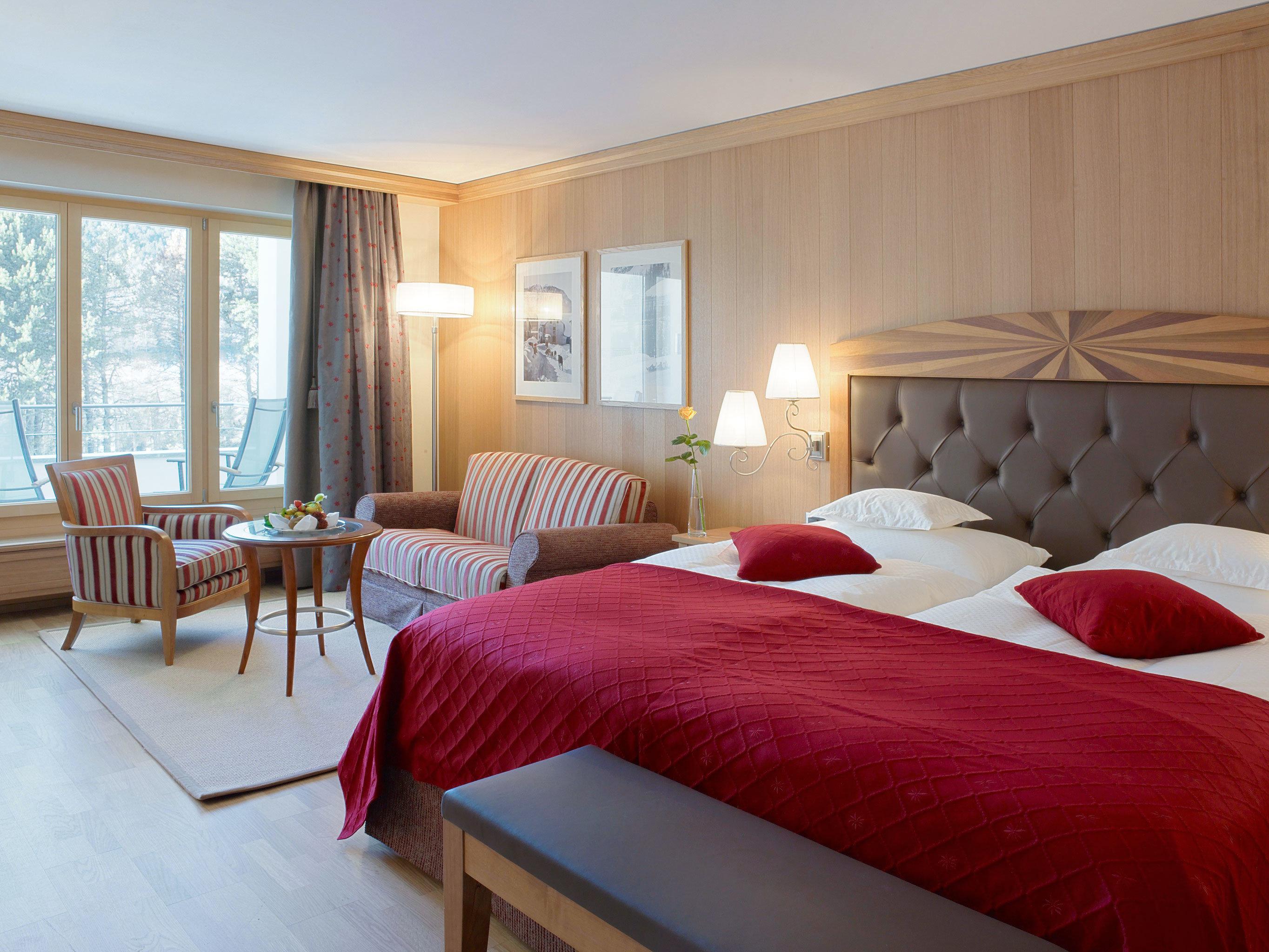 Bedroom Classic Elegant property red Suite cottage Resort Villa