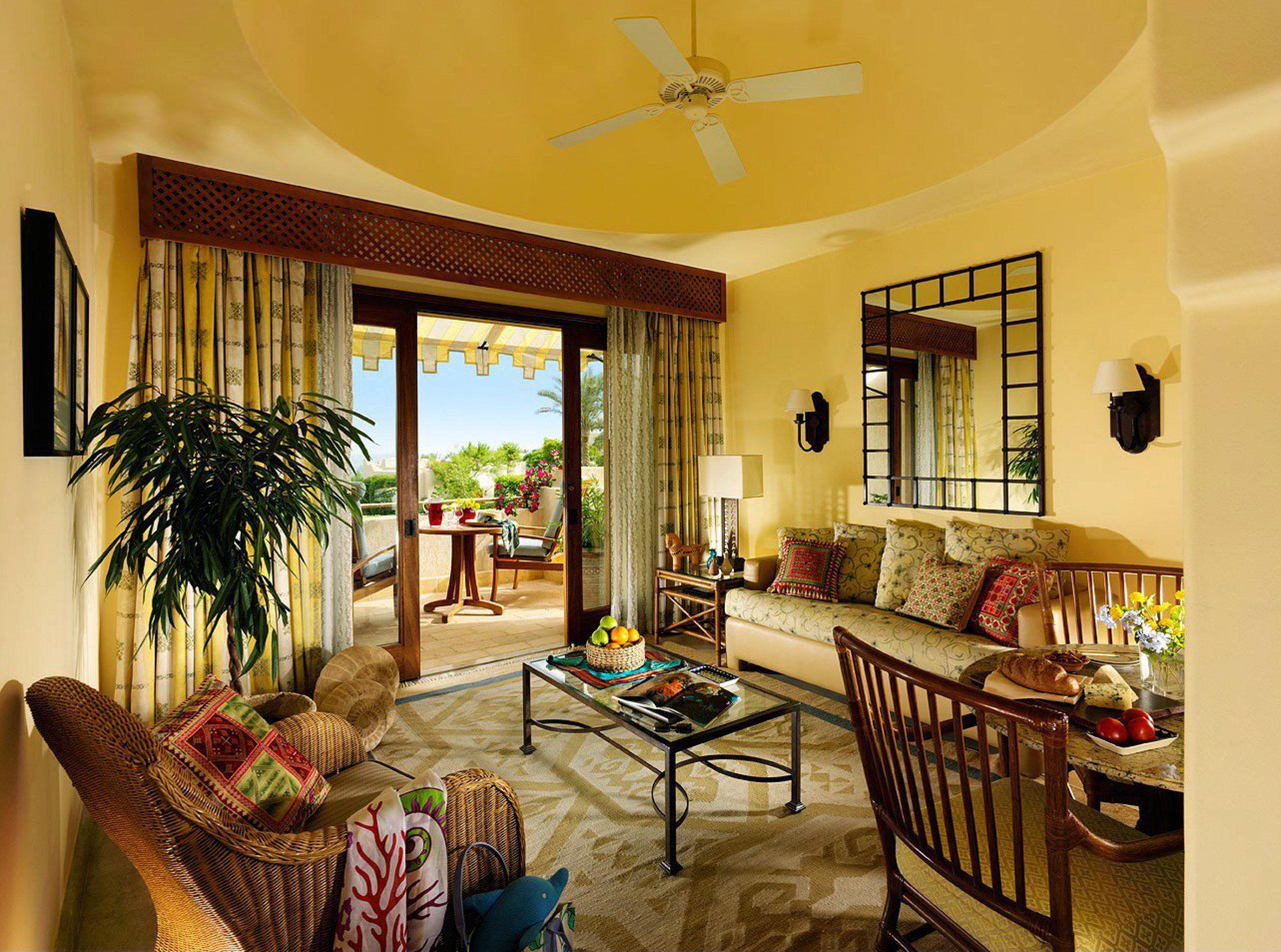 Bedroom Classic Elegant Scenic views Suite property living room home house Villa hardwood condominium farmhouse cottage mansion Resort