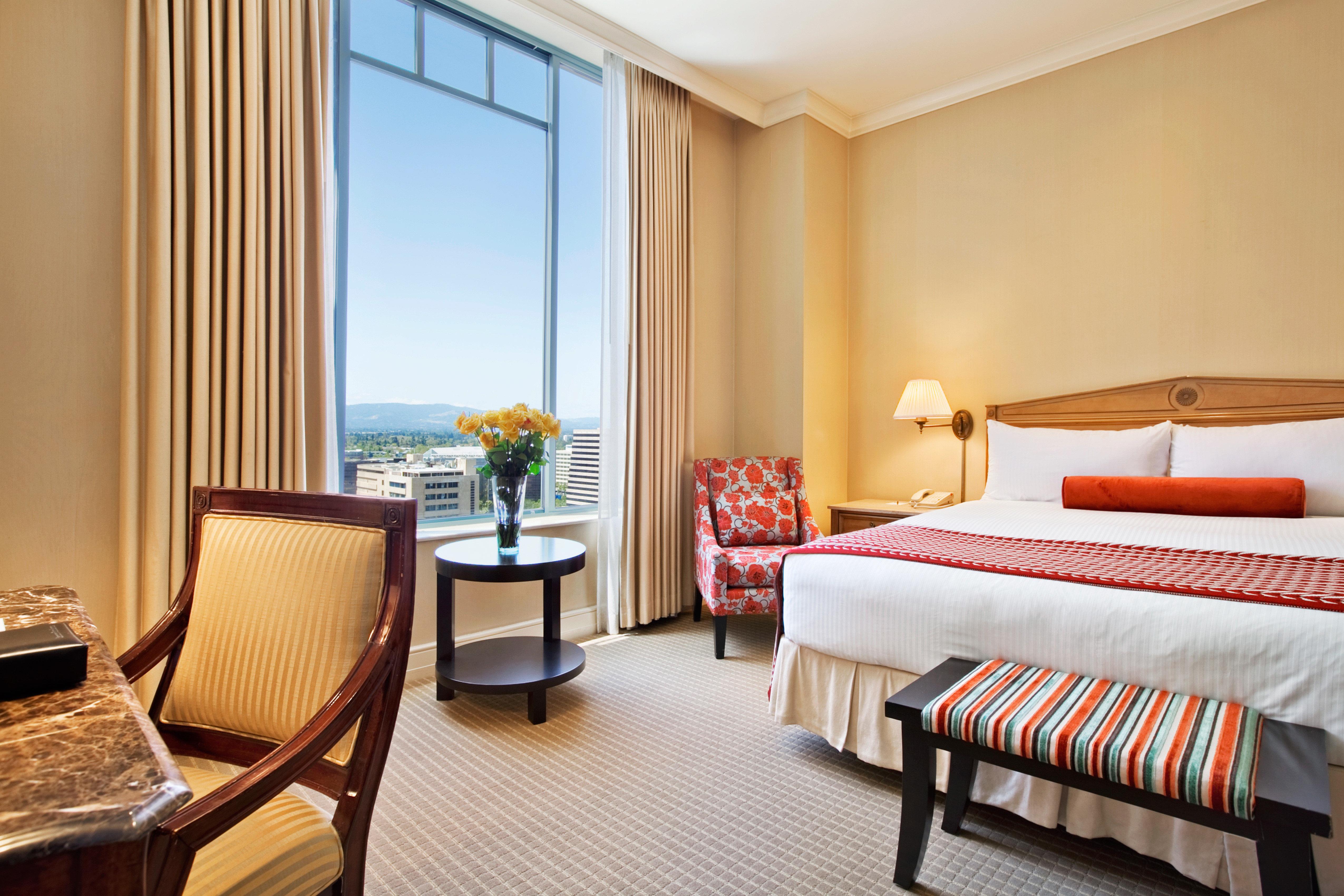 Bedroom Classic Elegant property Suite cottage Resort