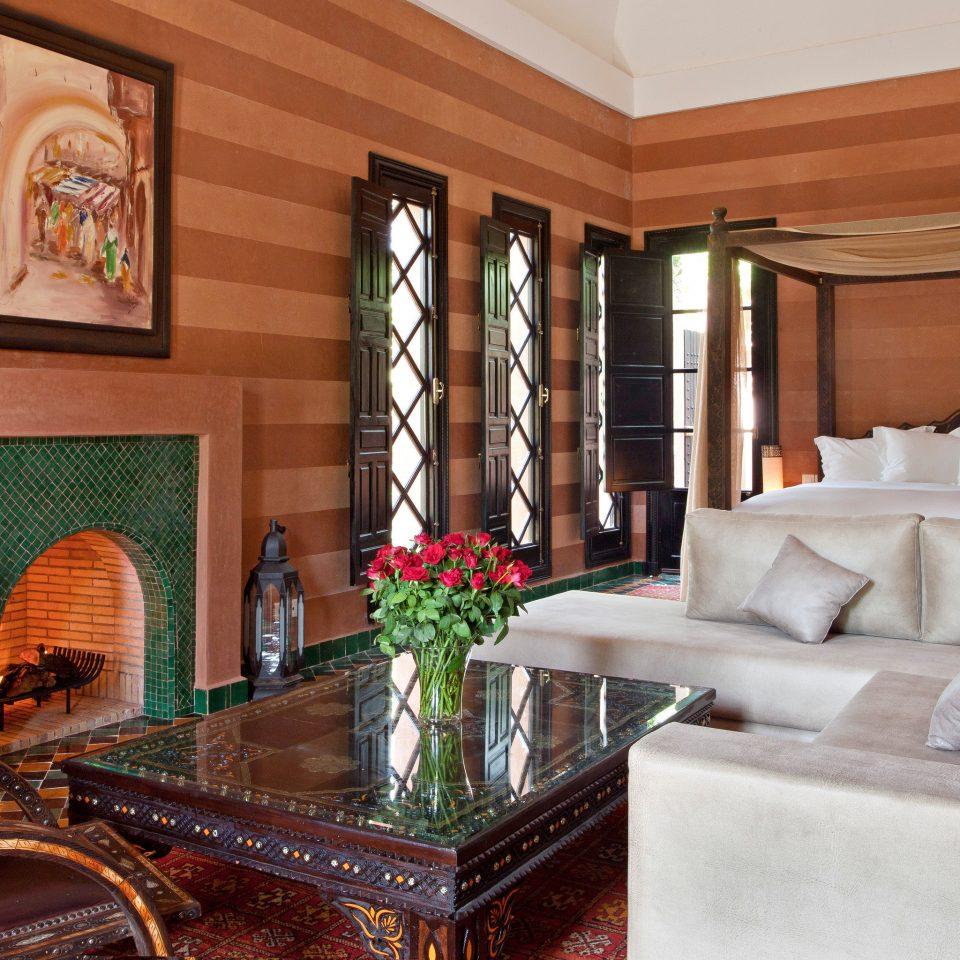 Bedroom Classic Elegant property living room home Suite mansion cottage
