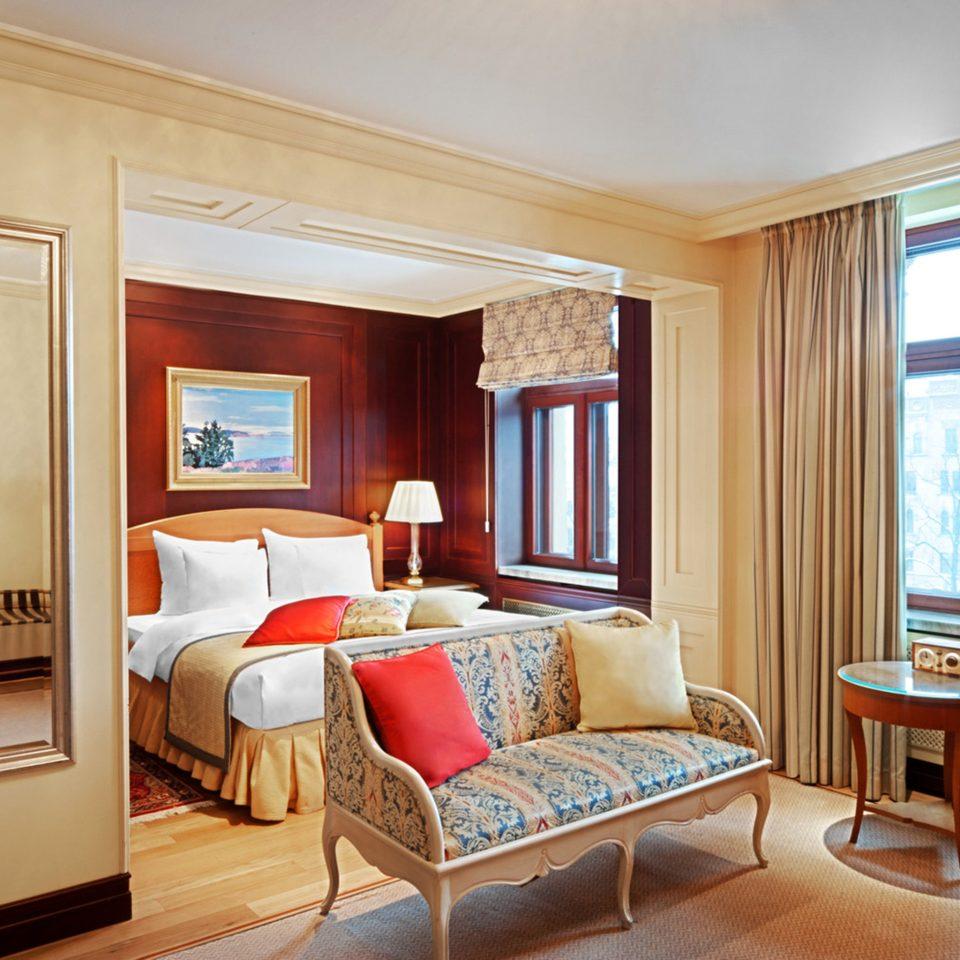 Bedroom Classic Elegant Suite property living room home hardwood condominium cottage