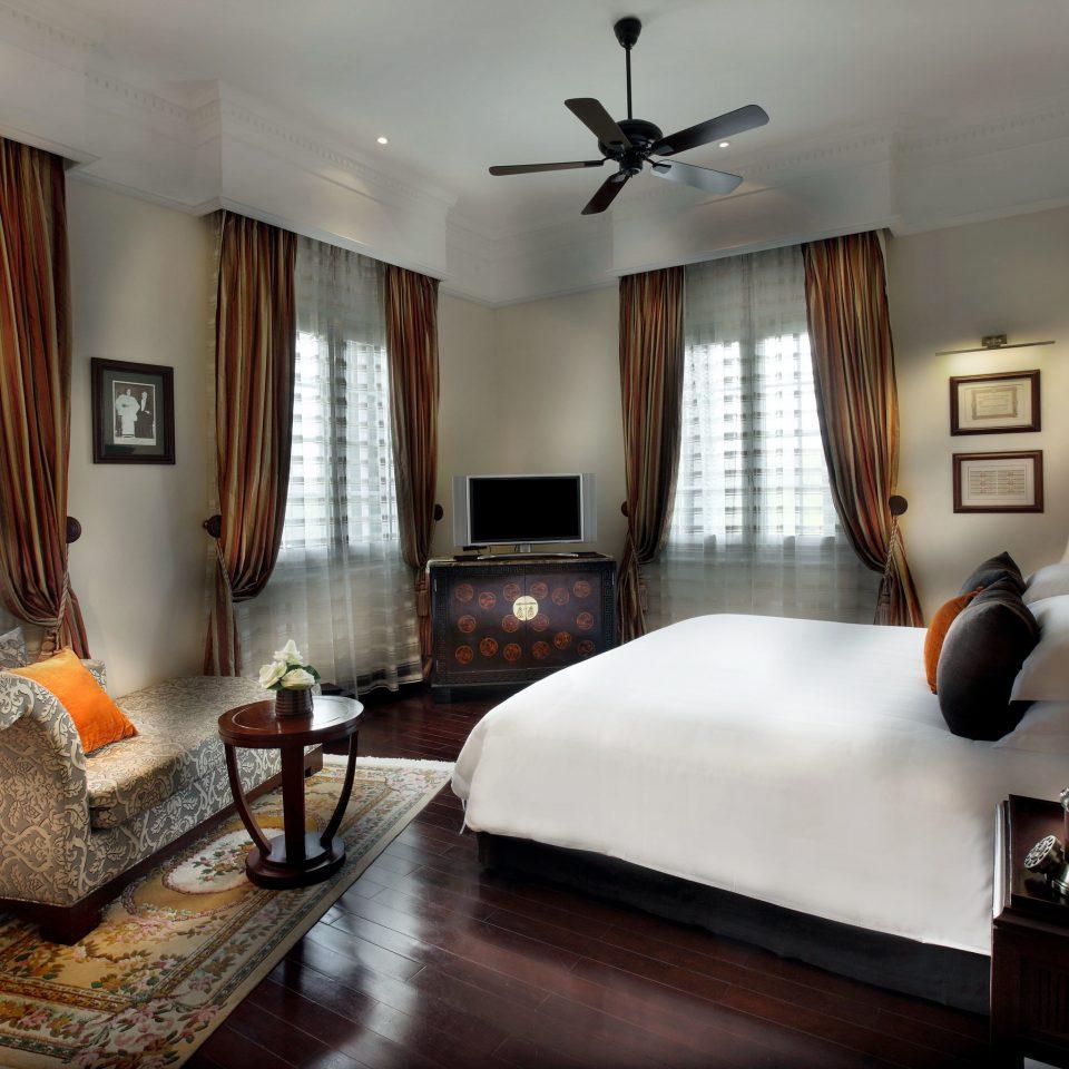 Bedroom Classic Entertainment Resort sofa property living room Suite home condominium Villa mansion cottage