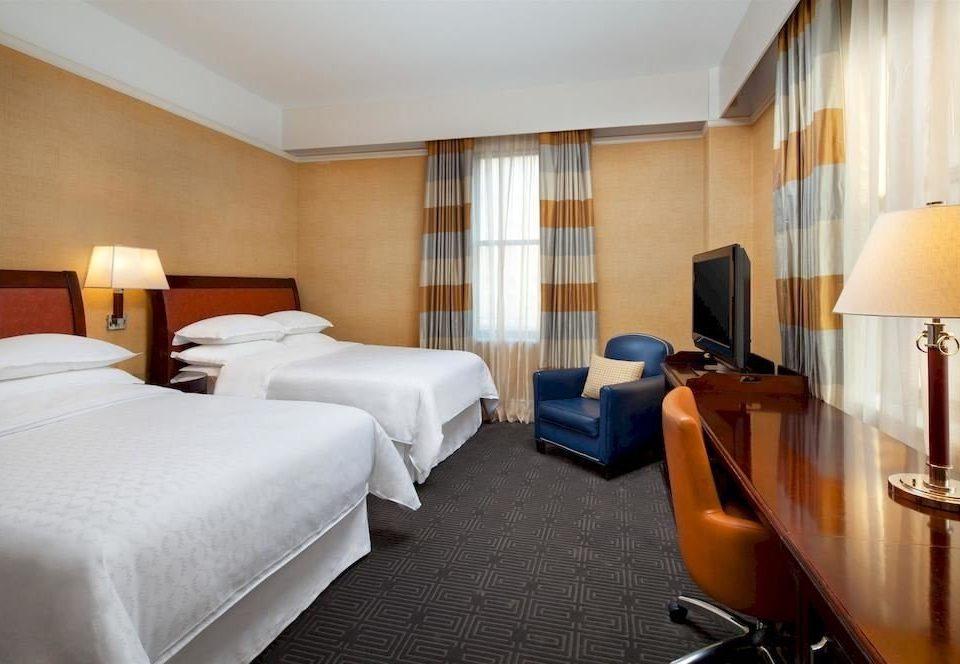 Bedroom Classic Family property Suite desk Resort condominium cottage